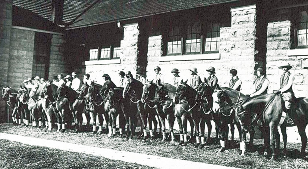 Ladies riding club Fort Riley